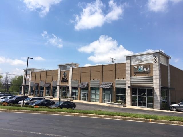 Plaza at Lexington Green-2